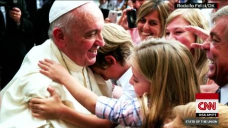 SOTU Tapper: Pope in pictures_00004426