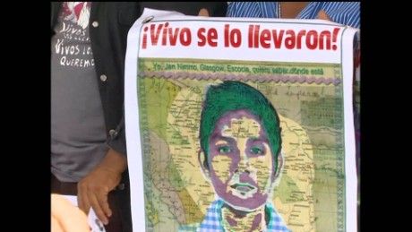 cnnee pkg alis one year ayotzinapa familly _00000000