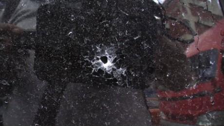cnnee pkg hernandez venezuela security attacks_00002111