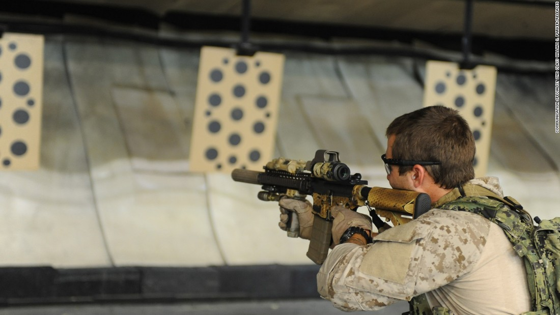 <strong>2. They generally have eight years of experience in the conventional military</strong><br /><br />In this photo, an East Coast-based U.S. Navy SEAL practices shooting drills at the Naval Special Warfare Eagle Haven Indoor Shooting Range on Joint Expeditionary Base Little Creek-Fort Story in 2013.