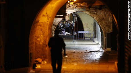 Netanyahu warns Palestinians over deadly attacks
