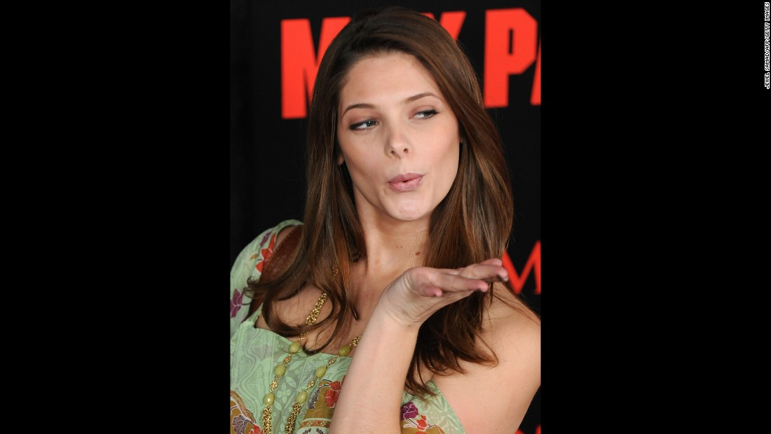 "When actress Ashley Greene walked the red carpet for the L.A. premiere of ""Max Payne"" in October 2008, it would be one of the last times she'd circulate at a Hollywood event without any ""Twi""-mania."