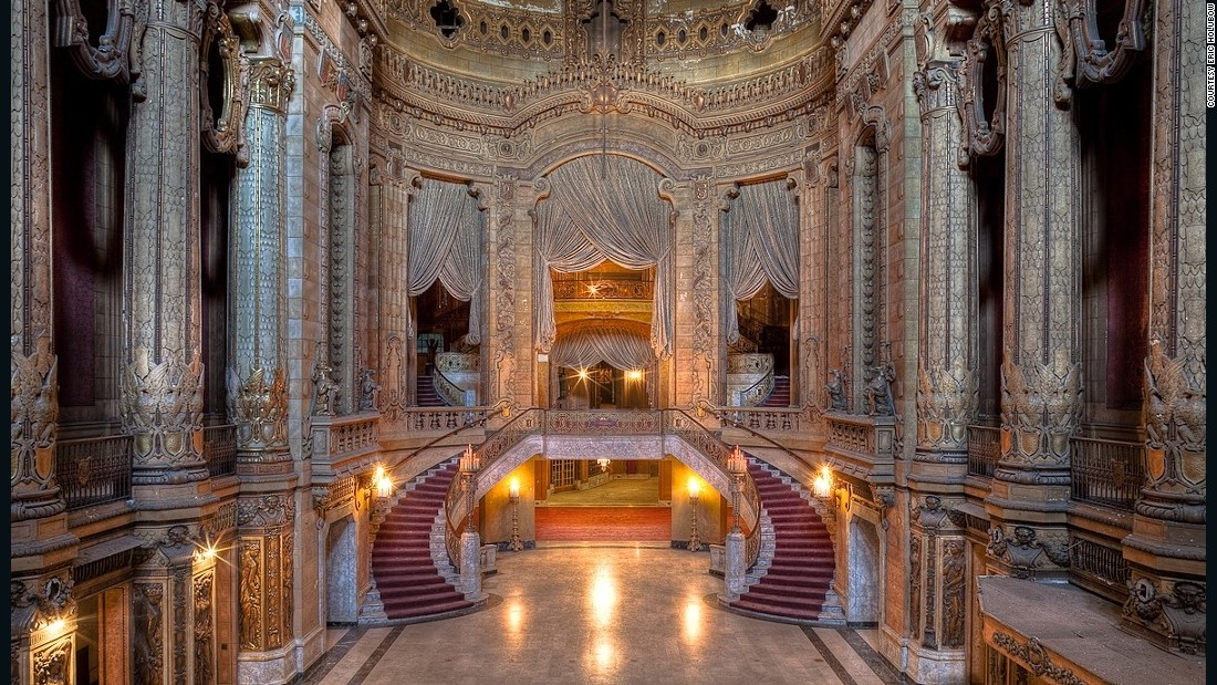 "Chicago-based urban exploration photographer <a href=""http://ebow.org/"" target=""_blank"">Eric Holubow</a> has traveled across America photographing abandoned and forgotten sites. <br /><em><br />The Uptown Theater in Chicago, Illinois </em>"
