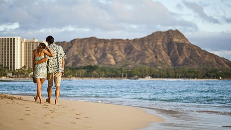 We won't promise seclusion in Waikiki, but romance in the shadow of Diamond Head is still one of Honoulu's great thrills.