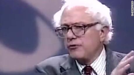 bernie sanders debate style democrat presidential candidate kaye pkg ac _00010418.jpg