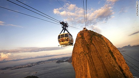 A dazzling view from the highest place possible. Introducing Sugarloaf.