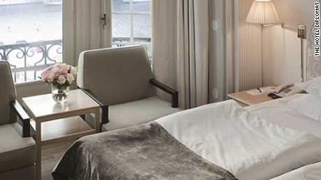 Double room with a view of Nybroviken.