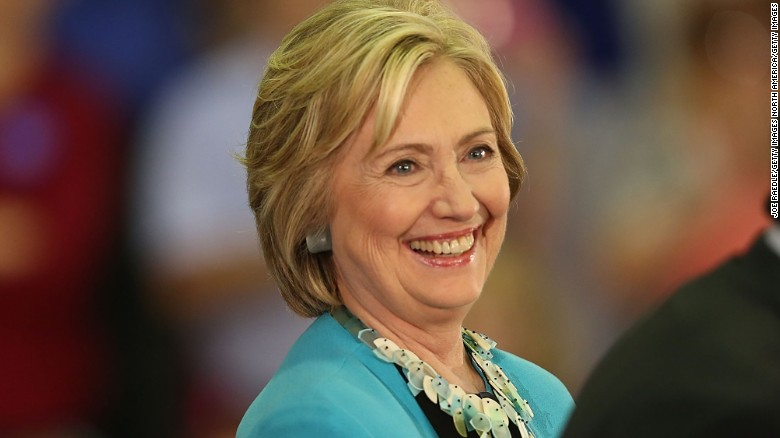 Poll: Clinton leads in Nevada, South Carolina