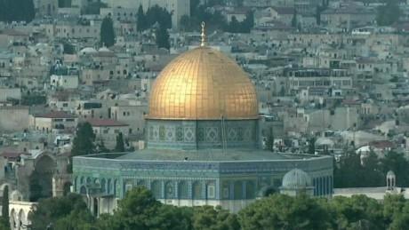 jerusalem holy site tensions pkg wedeman wrn_00000000