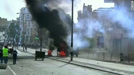 israel violence rises police spokesman micky rosenfeld intv tsr_00000000
