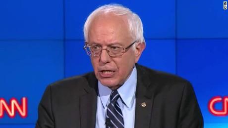 bernie sanders democratic debate va committee chairman_00002104