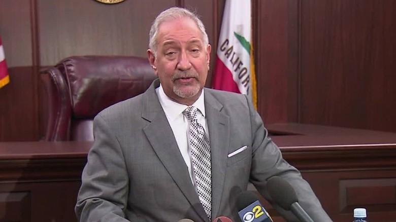 Famed teacher sues L.A. schools for $1B