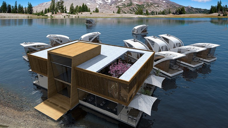 Noisy neighbors won't be a problem at this floating hotel. SImply up-anchor and float away.