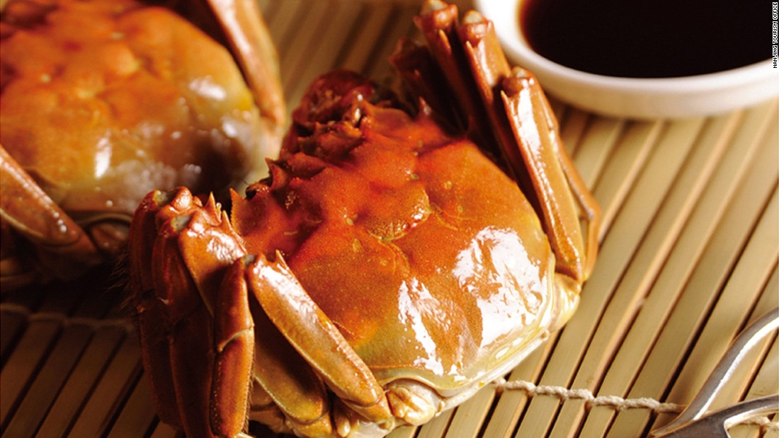 From mid-September to mid-October, restaurants around town celebrate hairy crab season. But the best place to crack those shellfish for their sweet meat and buttery paste is in their breeding ground -- Gaochun County.