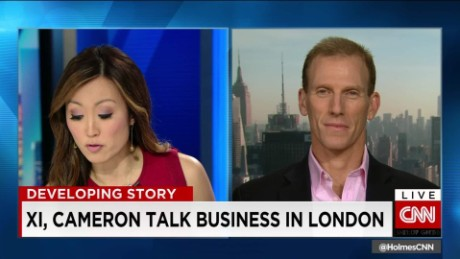 exp Xi, Cameron Talk Business in London_00000827
