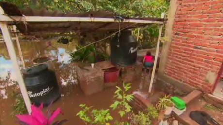 hurricane patricia damage flores pkg_00000101
