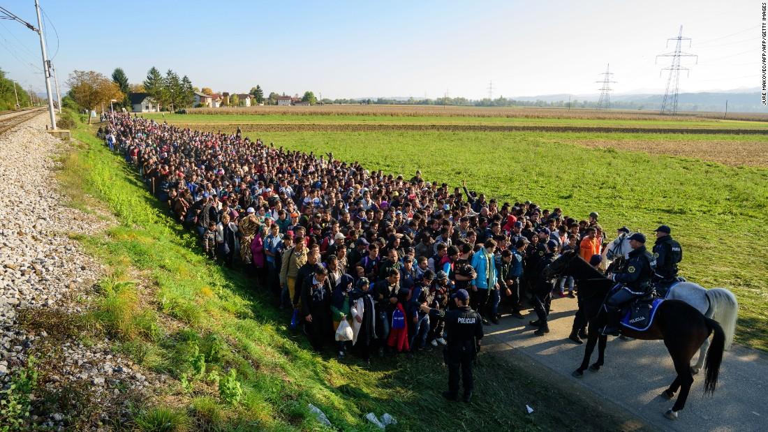 EU: Austria, Slovenia can deport refugees