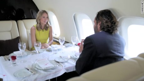 cnn$ vistajet private business jets_00004715