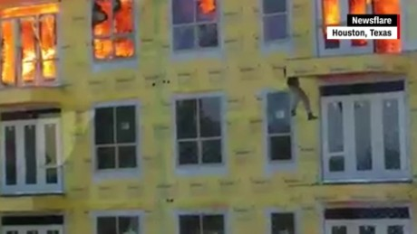 dramatic rescues caught on camera viral videos two orig_00020127.jpg