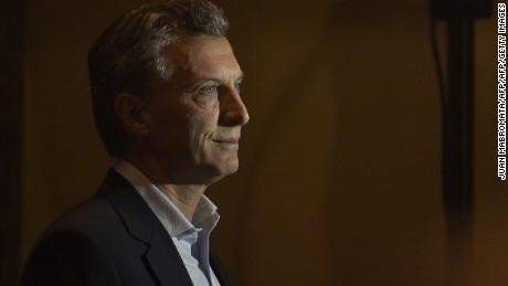 """Buenos Aires Mayor and presidential candidate for """"Cambiemos"""" party Mauricio Macri arrives for a press conference in Buenos Aires, on October 26, 2015 after a general election. Buenos Aires Governor and presidential candidate for the ruling """"Frente para la Victoria"""" party Daniel Scioli won a first round of Argentina's presidential race and will go to a run-off election with Buenos Aires Mayor and presidential candidate for """"Cambiemos"""" party Mauricio Macri, next November 22. The two candidates led a close final race, with Scioli taking nearly 37 percent of the vote to almost 34.5 percent for Macri, with 96 percent of polling stations reporting.    AFP PHOTO / JUAN MABROMATA        (Photo credit should read JUAN MABROMATA/AFP/Getty Images)"""