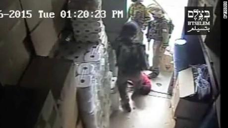 israel soldiers beat palestinian man investigation liebermann pkg_00015502