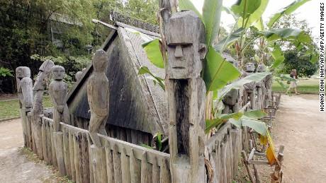 Intelligent insight into Vietnam's tribes.
