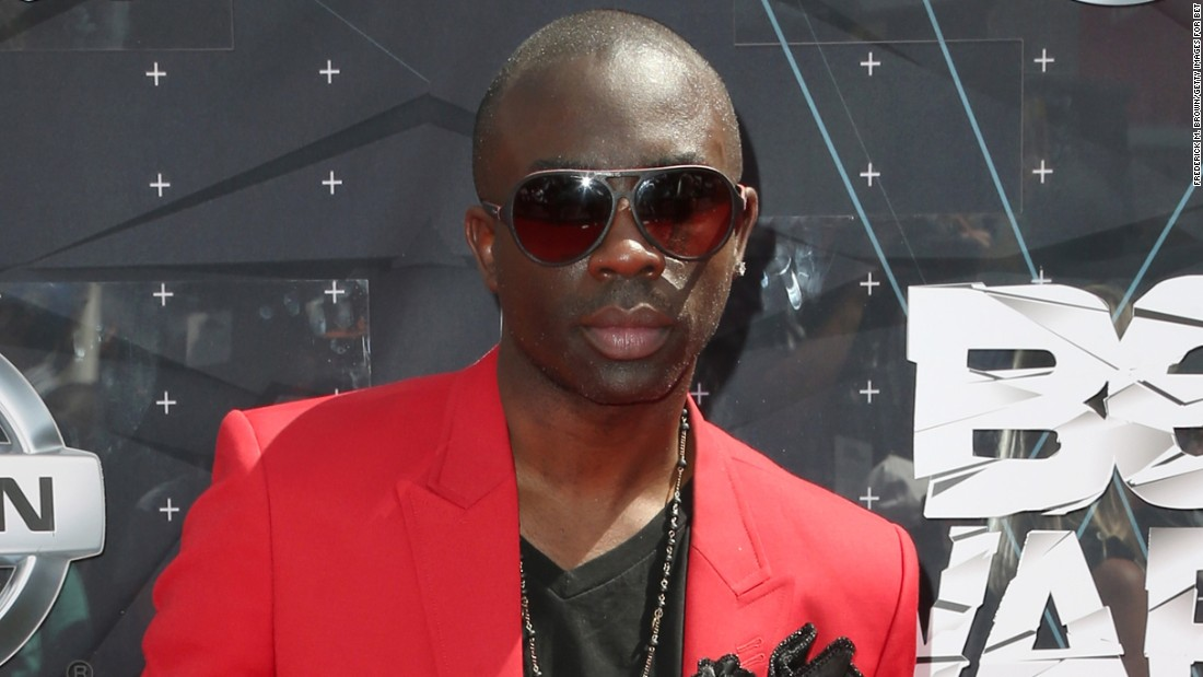 "<a href=""http://www.cnn.com/2015/10/29/entertainment/sam-sarpong-obit-feat/index.html"" target=""_blank"">Samuel Sarpong Jr.</a>, a model and former co-host of MTV's ""Yo Momma,"" died October 26 after jumping off a bridge in Pasadena, California, authorities said. He was 40."