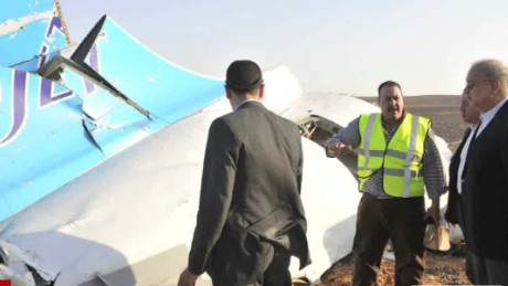 Aviation expert: Major failure aboard aircraft