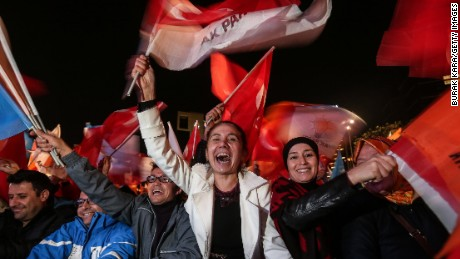Expert: 'Nobody' saw Turkish political shocker coming