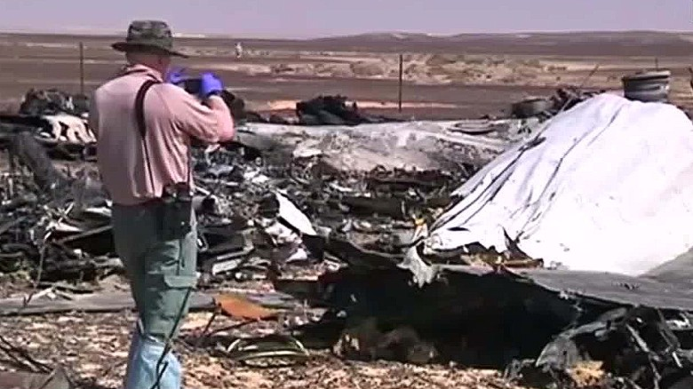 U.S. intel suggests ISIS bomb brought down plane