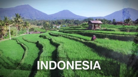 CNN On the Road Indonesia 11-9-15_00001910