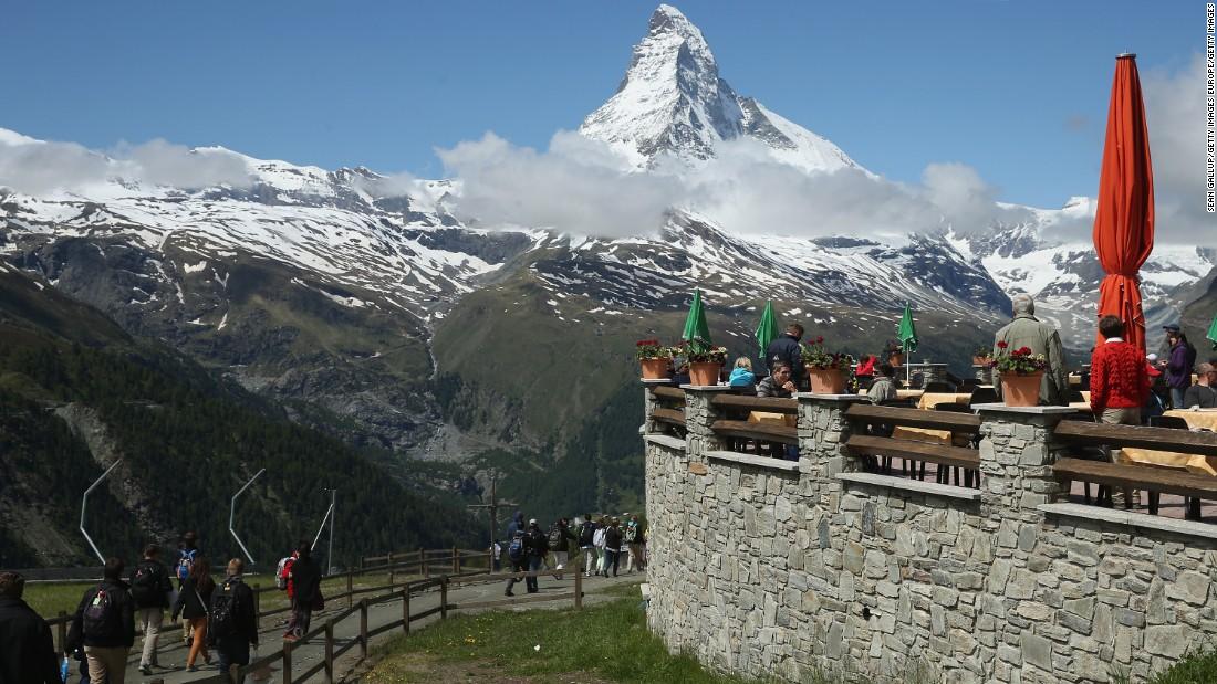 Ski cuisine world 39 s best restaurants with altitude - Restaurant cuisine moleculaire suisse ...