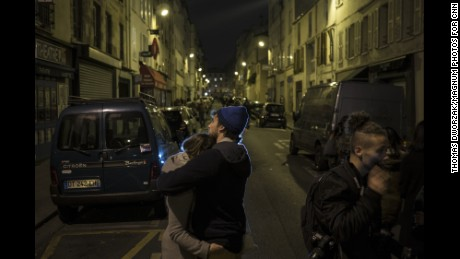 """'FRANCE, Paris, 14/11/2015 The day after the 13/11 terror attacks. Opposite of restaurant """"Le Petit Cambodge"""", """"Le Carillon"""".' from the web at 'http://i2.cdn.turner.com/cnnnext/dam/assets/151114202415-15-paris-aftermath-large-169.jpg'"""