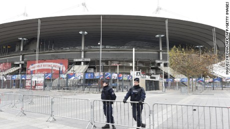 Police secure the area outside the Stade de France stadium, on the outskirts of Paris, on November 14, 2015.
