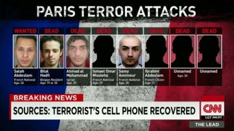 cell phone paris terror attacks clarissa ward lead_00003114