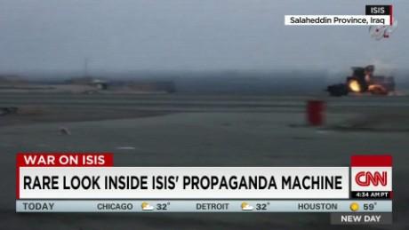 exp Rare look inside ISIS' propaganda machine _00002001