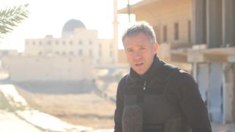 syria frontline raqqa paton walsh pkg_00005316
