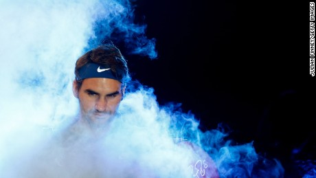 LONDON, ENGLAND - NOVEMBER 17:  Roger Federer of Switzerland walks out ahead of men's singles match against Novak Djokovic of Serbia during day three of the Barclays ATP World Tour Finals at the O2 Arena on November 17, 2015 in London, England.  (Photo by Julian Finney/Getty Images)