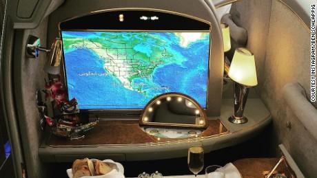 Ben Schlappig's Instagram aboard Emirates.
