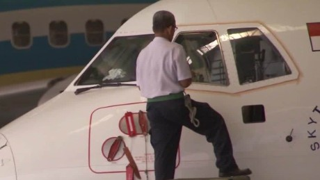 Indonesia makes flying safer Molko pkg_00022630