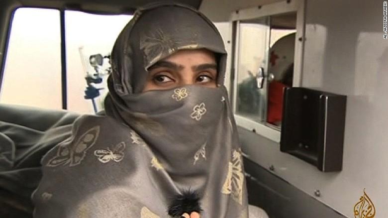 ISIS chief's ex-wife, daughter free in prisoner swap