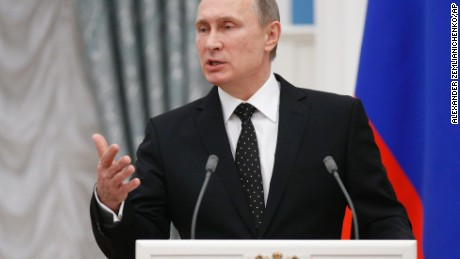 Vladimir Putin calls for broad global anti-terror front