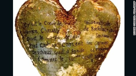 This lead heart shaped urn contains the heart of the Knight of Brefeillac which doctors studied to look for heart disease
