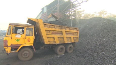 cnnee pkg kapul goal energy india  _00010321