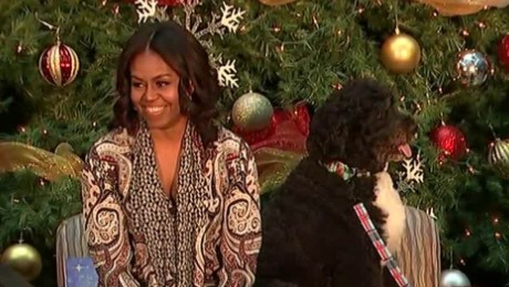 flotus michelle obama christmas gifts family bts _00001928.jpg