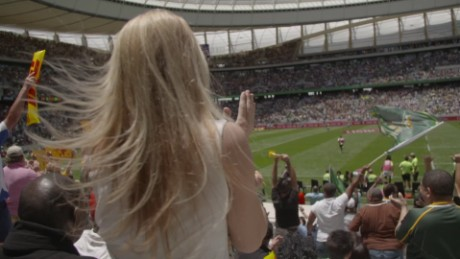 south africa embraces rugby sevens worldwide cape town swails pkg_00001310.jpg