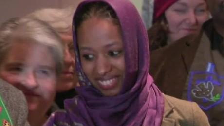 wheaton college professor hijab nr _00000529