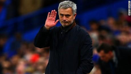 Chelsea Mourinho Sacked MacFarlane LOK_00000000