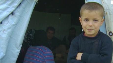 syria govt. refugees chance pkg_00000000