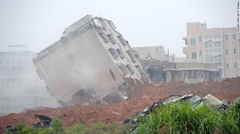 151221095422-shenzhen-landslide-1220-1-e